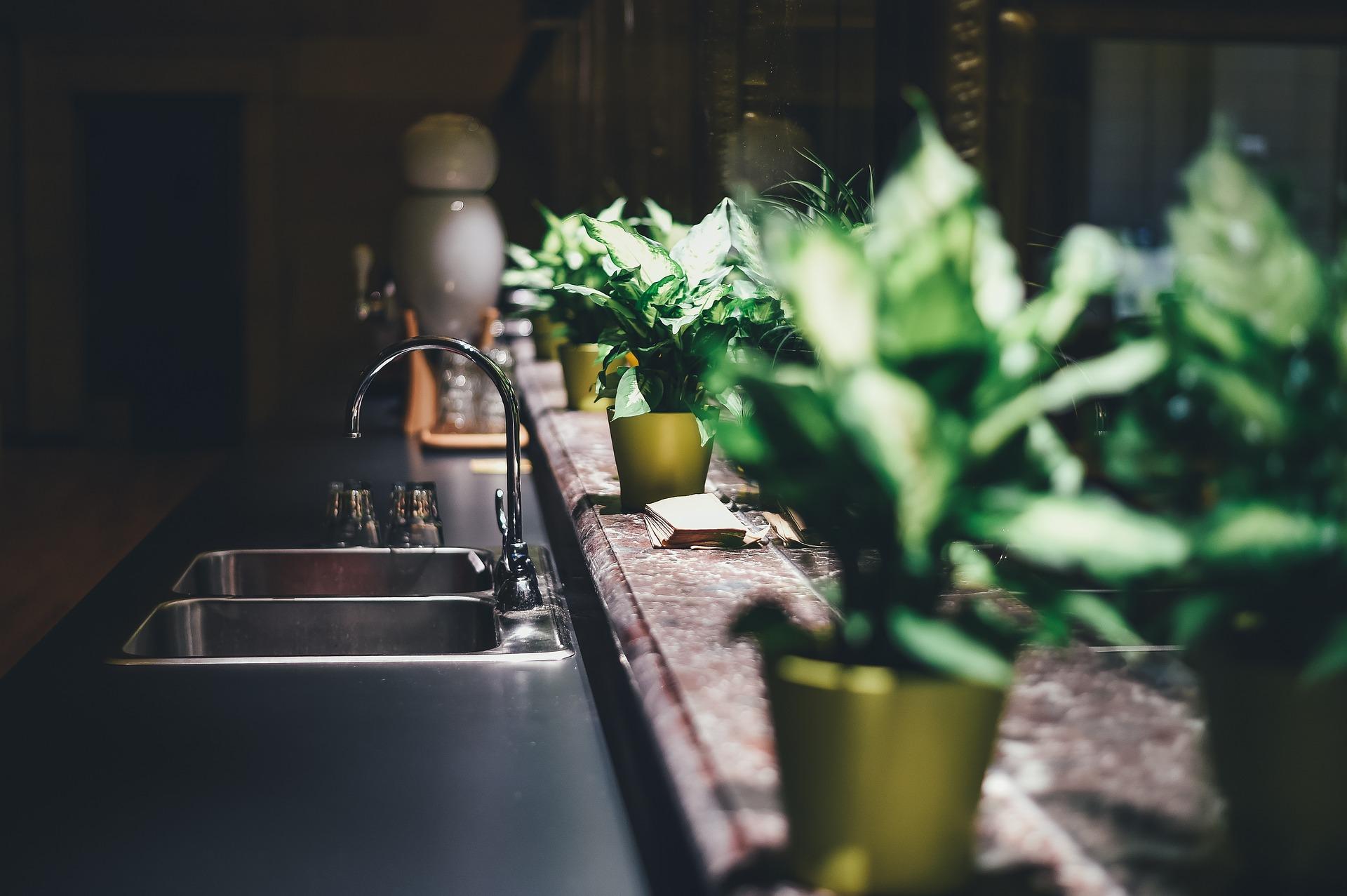 Modne aranżacje małej kuchni